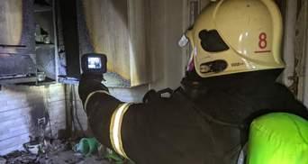 На Рівненщині горів житловий будинок: пожежники врятували 16 людей – фото