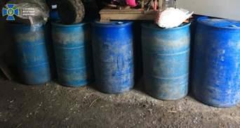 СБУ викрила цех з виробництва фальсифікованого алкоголю на Львівщині: фото