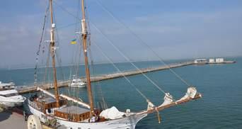 105-летний парусник с Маршалловых островов пришвартовался в Одессе: фото