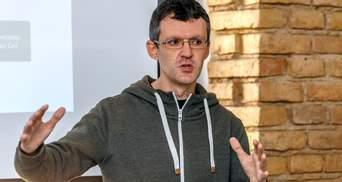 """Расследовал """"беркутовцев"""": МИД отреагировало на задержание журналиста InformNapalm"""