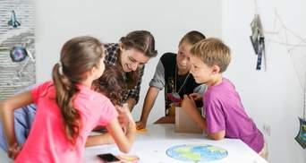Освітні ініціативи в Україні: як випускники топових вишів переїздять до глибинок навчати дітей