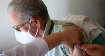 Вчені виявили можливий зв'язок між вакциною AstraZeneca і утворенням тромбів