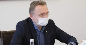 Критично не вистачає лікарів, – Садовий попросив допомоги через складну ситуацію у Львові