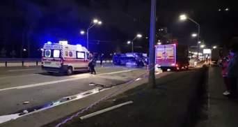 Моторошна ДТП біля зоопарку у Києві: авто протаранило машину аварійної служби – відео