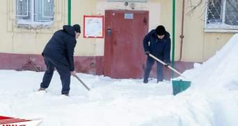 Казахстан замело снігом: столиця потерпає від негоди – відео