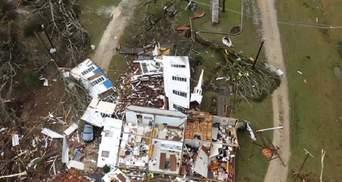 Алабаму накрила серія із 14 торнадо: загинули 5 людей – фото, відео