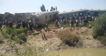 В Єгипті зіткнулись пасажирські потяги: понад 30 загиблих – моторошне відео