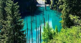 Озеро Каинды в Казахстане – бирюзовый водоем, который законсервировал затопленные деревья