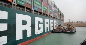 К разблокированию Суэцкого канала привлекут военных США: какая сейчас ситуация