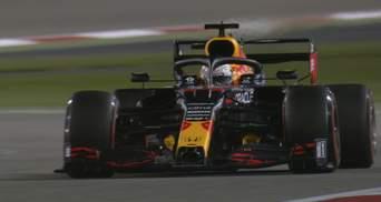 Макс Ферстаппен выиграл первый поул нового сезона Формулы-1, Алонсо в топ-10