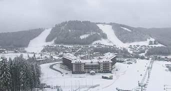Карпаты посреди марта замело снегом: фото, видео