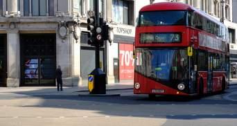 """Миллиарды на """"зеленые"""" автобусы: британский премьер обещает транспортную революцию"""