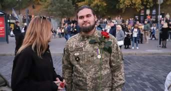 На задержанного под ОП Сорда составили админпротокол из-за Ордена Богдана Хмельницкого