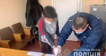 Двоє підлітків на Одещині через булочки побили до смерті безхатька