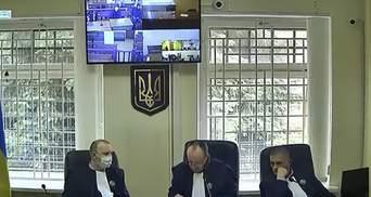 """Через неявку обвинувачених: новий розгляд справи заводу """"Краян"""" не відбувся"""