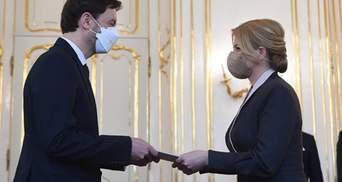 После скандала с российской вакциной в Словакии утвердили новое правительство