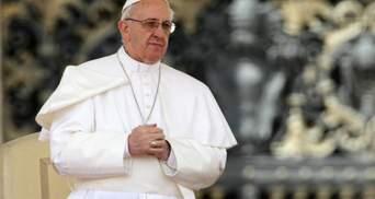 Папа Римський розглядає запрошення Зеленського відвідати Україну, – посол
