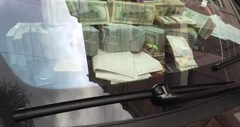 Мішки з чорною бухгалтерією: правоохоронці провели обшуки у контрабандистів