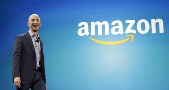 Сяяв від щастя: Джефф Безос був у захваті від логотипа Amazon і сказав кумедну фразу