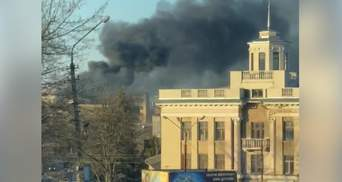В Черновцах произошел пожар на территории завода: фото, видео