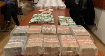 """Миллионы долларов, сотни тысяч евро и даже шекели: у брата судьи Вовка нашли """"склад"""" наличности"""