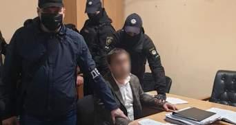 Откупиться от уголовного дела: россияне хотели дать взятку украинским полицейским