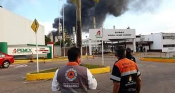 В Мексике произошли взрывы на нефтяном заводе: есть пострадавшие – видео