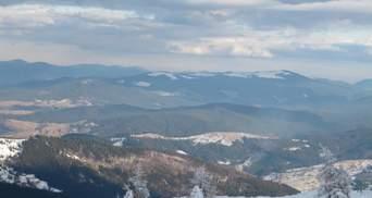 Карпатські вершини замело снігом: температура опустилася до -17