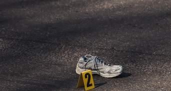У Дніпрі вантажівка знесла жінку та протягнула її кілька метрів: фото