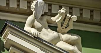 Яскрава ілюстрація байдужого ставлення, – Труханов про реставрацію з пляшкою в скульптурі