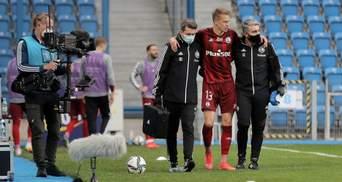 Приземлились на ногу: футболист Динамо получил серьезную травму в европейском чемпионате