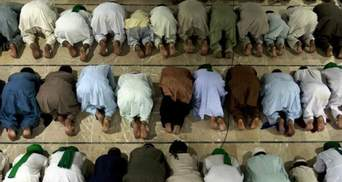 Зеленський привітав мусульман з початком Рамадану