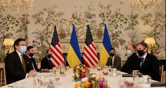Треба демотивувати Москву від подальшої ескалації: Кулеба зустрівся з Блінкеном у Брюсселі