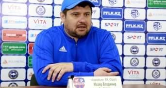 Украинскому тренеру стало плохо во время матча, когда его команда забила второй автогол: видео