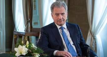 Президент Фінляндії висловив Путіну занепокоєння ситуацією на кордоні України