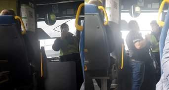 На Харьковщине водители трижды отказывали АТОшнику в проезде: видео возмутило сеть