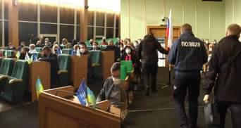 В Славянске прокремлевские депутаты не дают принять бюджет города