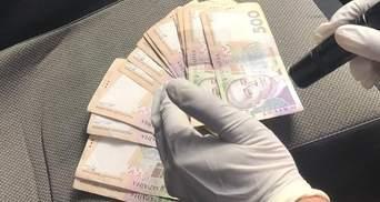 Чиновнику секретариата Кабмина грозит до 12 лет тюрьмы за взятку в 2,5 миллиона гривен
