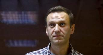 Сделали капельницу с глюкозой: Навальный находится в одиночной камере туберкулезной больницы