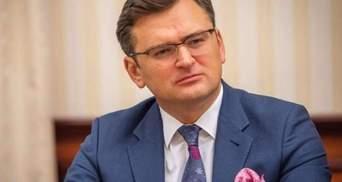Чисельність російських військ на кордоні з Україною зросте до понад 120 тисяч, – Кулеба