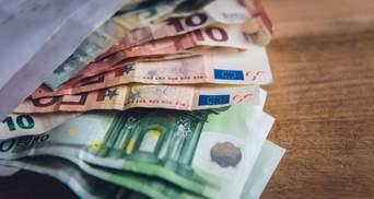 Курс валют на 23 квітня: євро відновив стрімке зростання