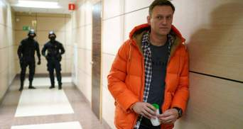 Наша країна сповзає в морок, – Навальний відреагував на затримання в Росії
