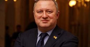 Нова проблема Зеленського: комітет Костіна може остаточно завалити судову реформу
