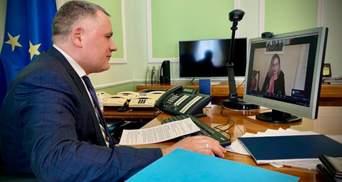 В Офісі Президента обговорили мілітаризацію Криму із радницею глави Словенії