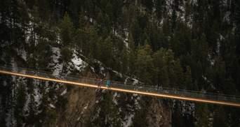 Вид приголомшує: у горах Канади відкриють підвісний міст на висоті 130 метрів – відео