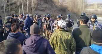 На границе между Кыргызстаном и Таджикистаном началась перестрелка: есть раненые