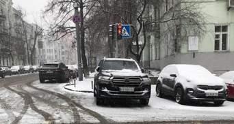 Инспекторы по парковке рассказали, за какие нарушения парковки чаще всего штрафуют киевлян: фото
