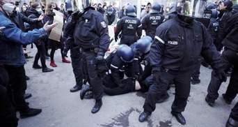 На акциях к 1 мая беспорядки произошли в Париже и Берлине: видео