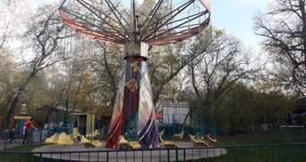 В Казахстане дети слетели с неисправного аттракциона: не менее 8 пострадавших