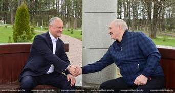 Добре, що втримали ситуацію, – проросійський Додон похвалив Лукашенка за придушення протестів